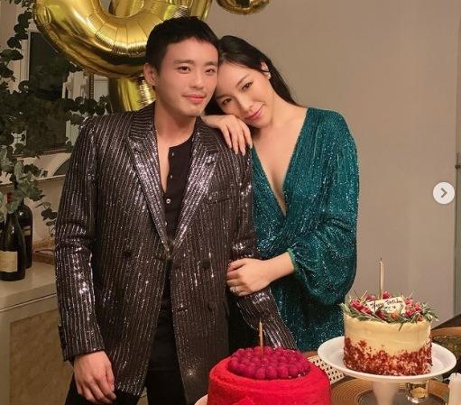 Feiping Chang Husband
